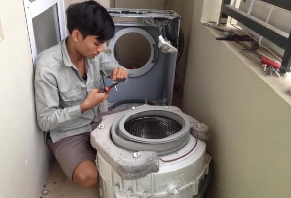 dịch vụ vệ sinh máy giặt tại nhà giá rẻ