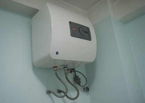 Sửa chữa bình nóng lạnh tại nhà ở Long Biên Hà Nội